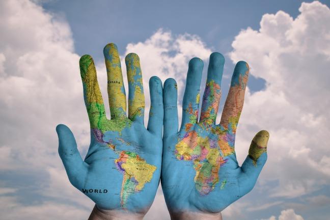 hands-600497_1920 Pixabay
